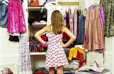 lựa chọn quần áo đi làm