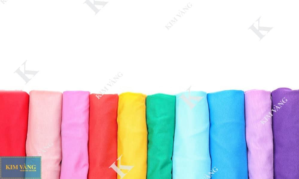 Bỏ túi 4 cách phối màu để may áo thun nam nữ có cổ đẹp